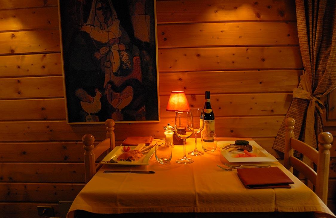 ristorante-tavolino-calici